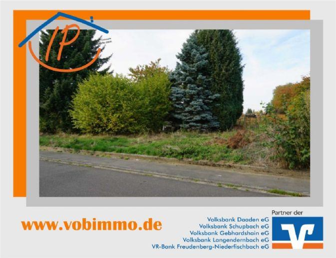 Von IPC: Ebenes Wohngrundstück in Ailertchen
