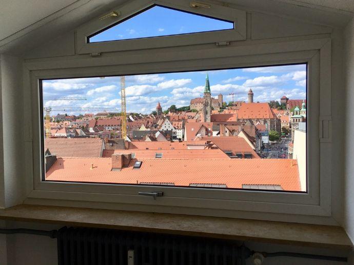 Schicke, helle 2-Zi-Wohnung direkt in der Altstadt mit Blick auf die Burg