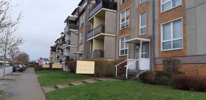 Geräumige helle 3-Raum-Wohnung mit Balkon (WE69)