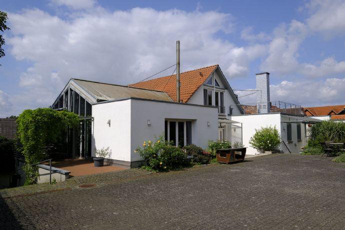 Traumhaftes Anwesen mit historischem Charme inkl. Nebengebäuden