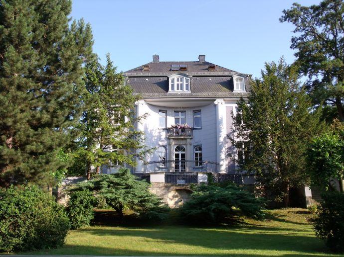 Maisonette Wohnung in hist. Villa in Pößneck / SOK