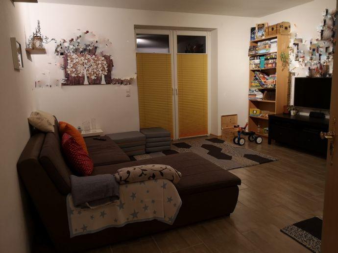 Diese Wohnung wird Ihnen gefallen! Balkon im 1. OG 2-Raum-Wohnung