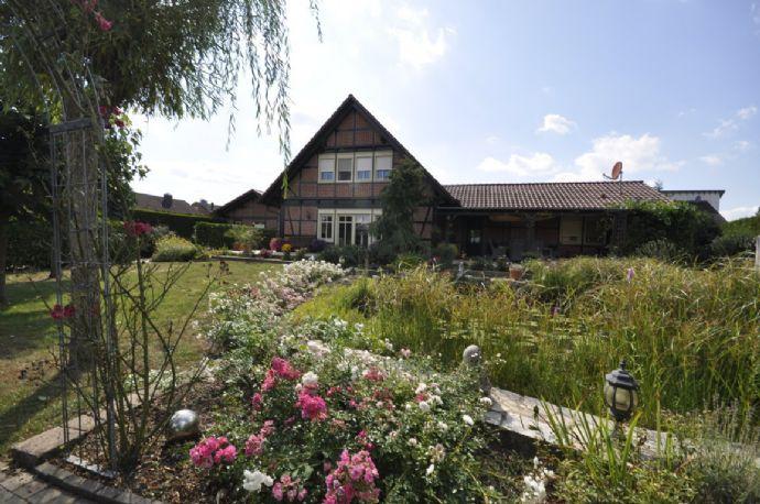 Großzügiges Einfamilienhaus mit Einliegerwohnung und herrlicher Gartenanlage in Cappenberg