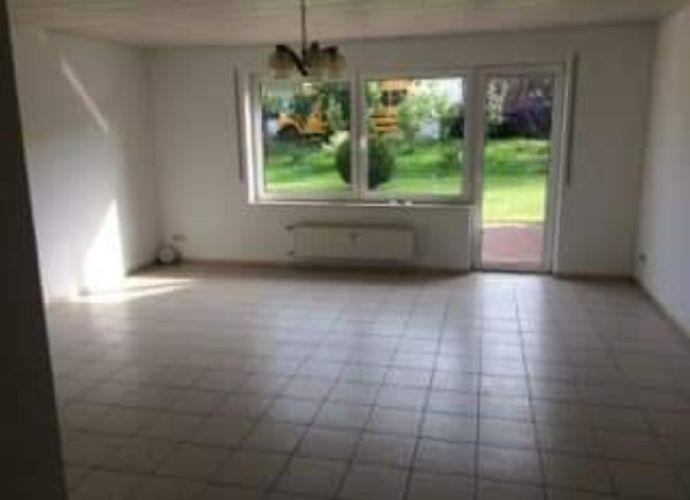 3,5-Raum-Wohnung mit Garten und Terrasse
