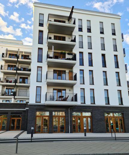 Hochwertige 4-Zimmer Parkend-Wohnung mit Parkblick