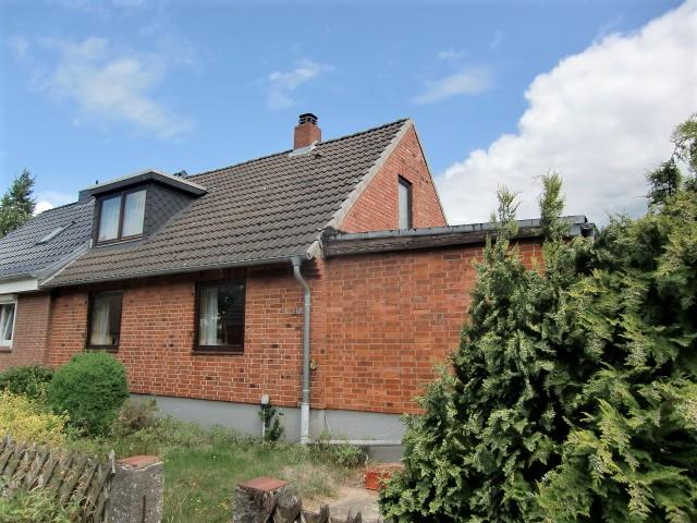 VERKAUFT!! - Doppelhaushälfte in schöner Wohnlage im beliebten Dornbreite - Wegen der GROßEN Nachfrage suchen dringend Häuser in Dornbreite!