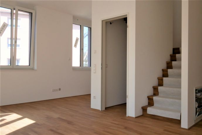 Neue 4,5 Zimmer Loftwohnung im Dichterviertel