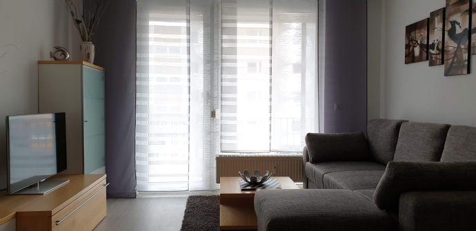 Exklusive 1-Zimmer-Wohnung mit EBK und Balkon in Uttenreuth