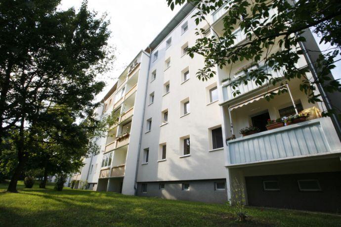 Bequem per Aufzug! 3-R.-WE m. Balkon in Löbau!