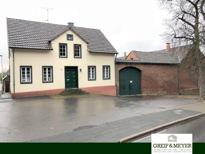 Denkmalgeschützter Vierseitenhof mit Doppelhaus und ca. 5.000 m² Wohnbaufläche
