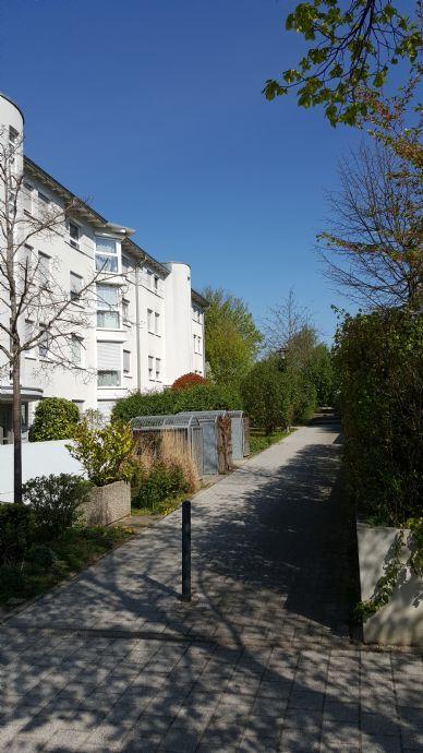 Wunderbar ruhige 2,5 Zimmer Wohnung inkl. TG-Stellplatz in Filderstadt Bonlanden mit Blick ins Grüne