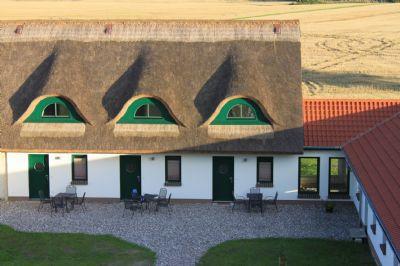 Ferienwohnung Treibholz im Reetdachhaus für 4 Personen mit zwei separaten Schlafzimmern - zwischen Ostsee und Bodden