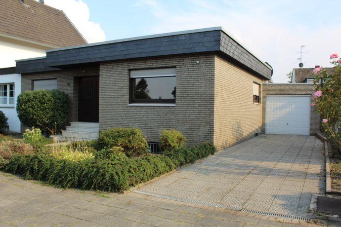 Viel Platz für die ganze Familie - Bungalow in Mönchengladbach-Giesenkirchen zu verkaufen!
