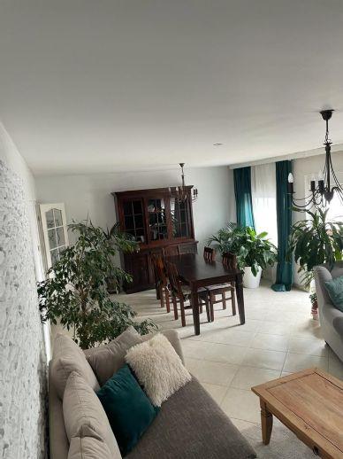Ihr neues Zuhause - 4 Zimmer im 2. Obergeschoss mit Balkon!