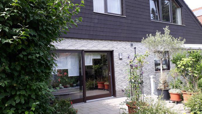 Charmantes freistehendes Architekten-Einfamilienhaus mit hochwertiger Ausstattung