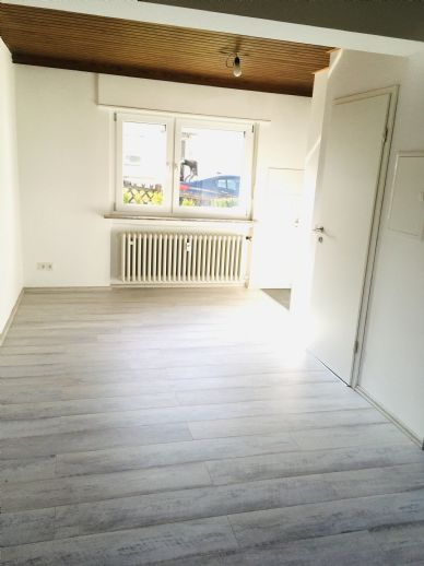 Schön, helle, renovierte 1-Zimmer-Wohnung in Fulda Lehnerz