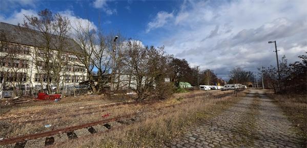 Einzigartige ca.500qm Gewerbefläche - neben dem historischen Güterbahnhof! - Ideal für Autohandel