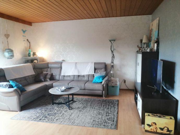 Geräumige 4 ZKB Wohnung in ruhiger Lage