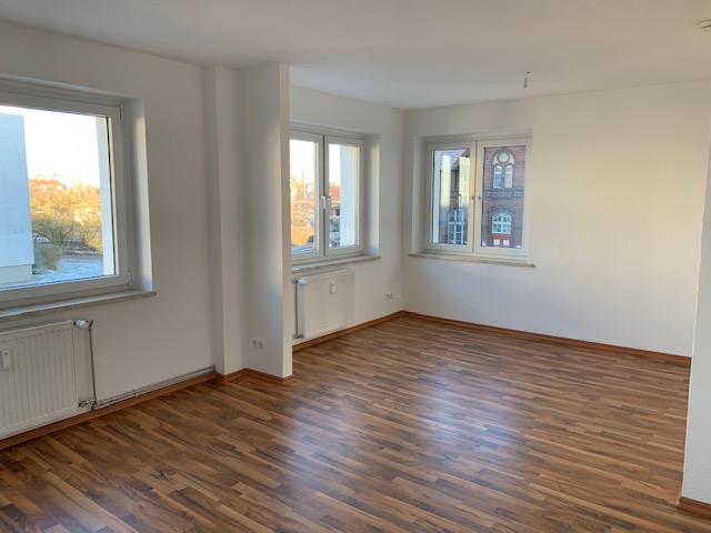 Helle freundliche 2- Zimmer Wohnung!!