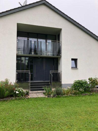 DG Wohnung mit Loggia Balkon