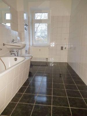 gem tliche wohnung mit grosser k che balkon und sp wohnung chemnitz 2j2gy4h. Black Bedroom Furniture Sets. Home Design Ideas
