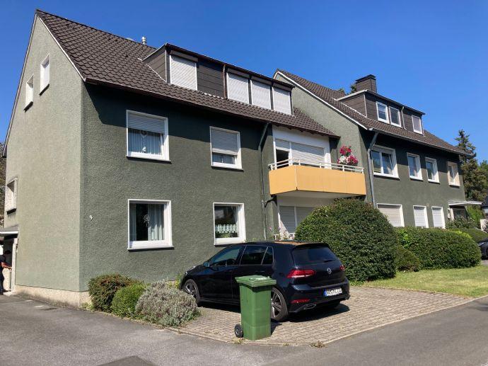 Frisch renovierte 2-Zimmer-Dachgeschoss-Wohnung Stettiner Straße