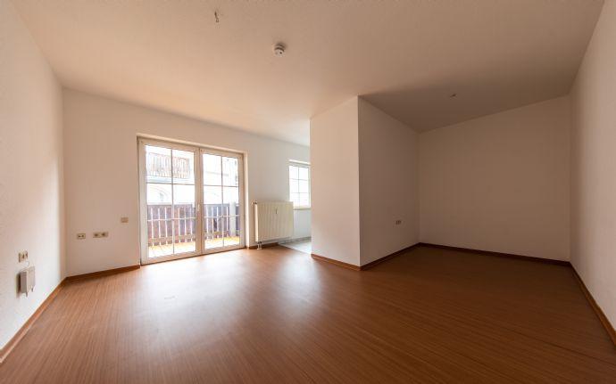 barrierefreie 1-Zimmer-Wohnung mit Balkon und Aufzug in Freyburg zu vermieten