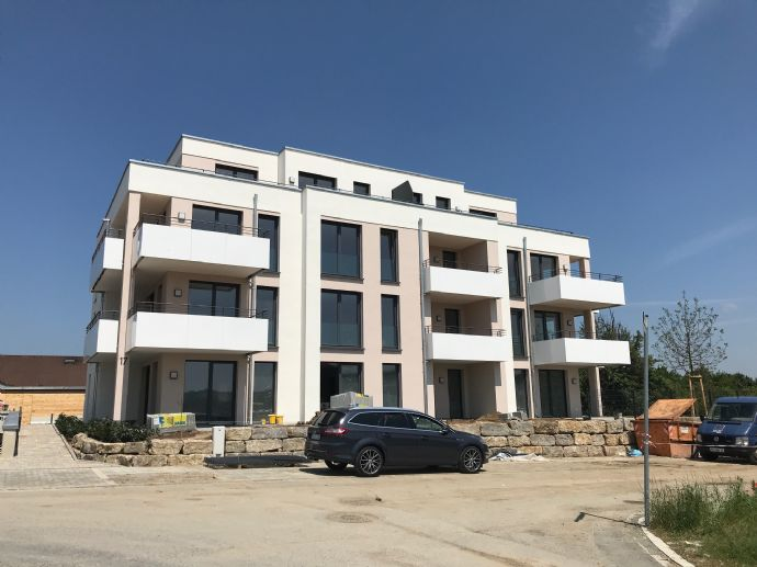 Modernes Wohnen in Gerbrunn, mit eigenem Garten -NEUBAU-