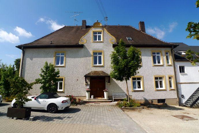 Historischer Pfarrhof - jetzt exklusives Wohnhaus mit Neubau - Einliegerwohnung.