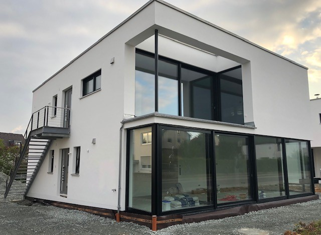 Neubau 4-Zimmer Wohnung mit Garten und Terrasse in Süd-West Ausrichtung