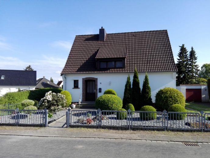 Einziehen und wohlfühlen. Kernsaniertes Einfamilienhaus in Uetersen