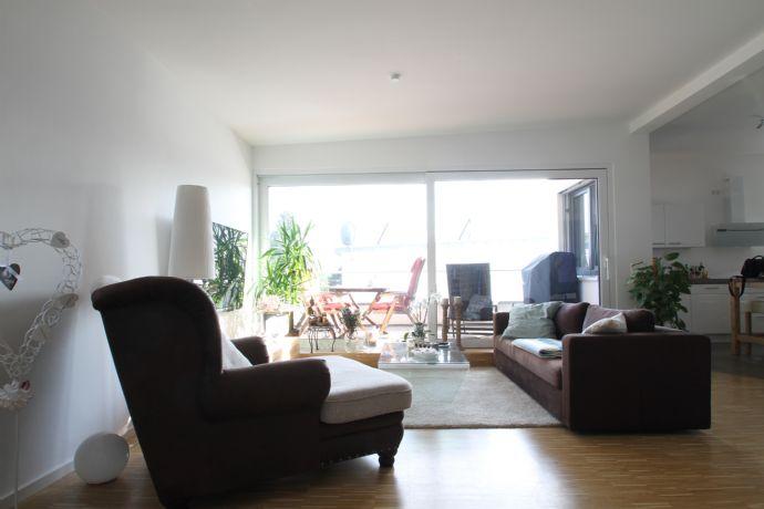 Neubau 3-Zimmer-Penthouse-Wohnung mit großzügiger Dachterrasse in Top-Lage von Bonn-Oberkassel