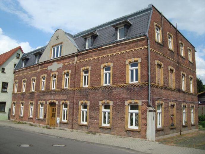 kleine gemütliche 1 Zimmer Wohnung in Stößen zu vermieten, Erstbezug nach Sanierung