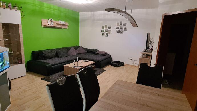 Schöne 2 5 Zimmer Wohnung