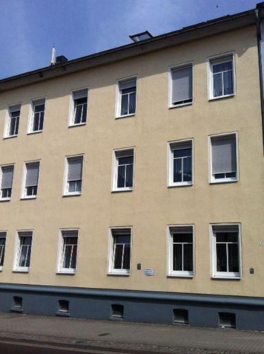 Gemütliche Wohnung mit Stellplatz in Lindenthal