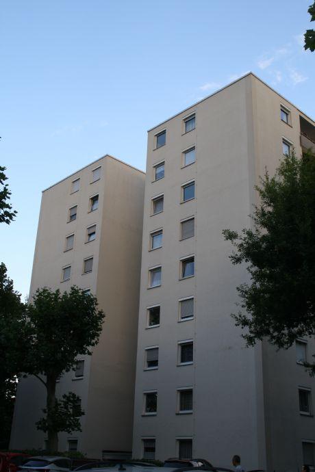Gepflegte 4 Zimmer ETW auf 87qm mit Loggia