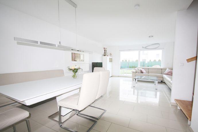 REMAX - Familyhaus Bj. 2018, mit Garage,EBK, Garten u. Dachterrasse - Onlinebegehung möglich!