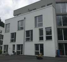 Schönes Loftgefühl in großzügiger 2-Zi.-Wohnung in der besten Lage Aachens!