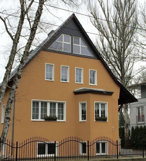 Zwei / Drei-Familienhaus in Köpenick...nahe der Dahme gelegen...ca. 200 m fussläufig.