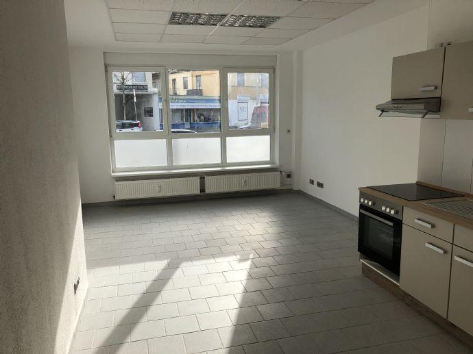 *3-Zimmer*renoviert*ZENTRAL*Einbauküche* Gartenmitbenutzung*Osterfeuerberg*vom Eigentümer, keine Provision!
