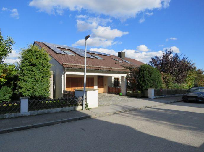 Einfamilienhaus mit ELW mit Fernsicht in sehr ruhiger und bevorzugter Höhenlage von Deggendorf