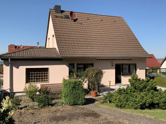 Provisionsfrei - Einfamilienhaus mit Wohnkomfort Terrasse und Garten in Arnstadt Top Lage