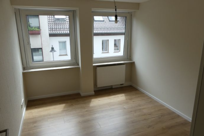 5 ZKB Wohnung im 2. Obergeschoss mit Fahrstuhl