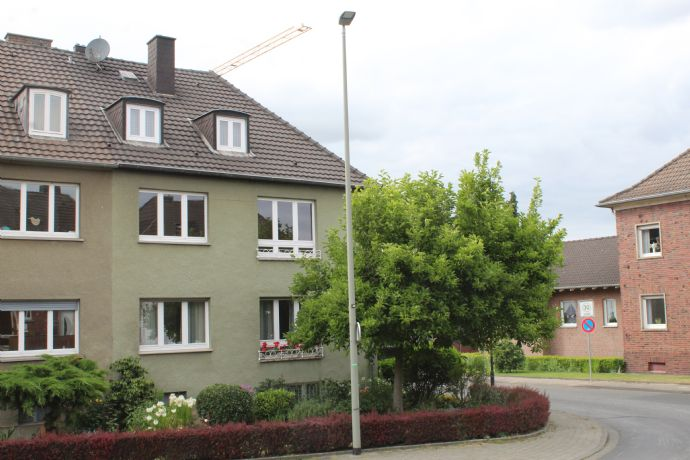 Gemütliche 2-Zimmer DG-Wohnung im Zentrum von Geilenkirchen!