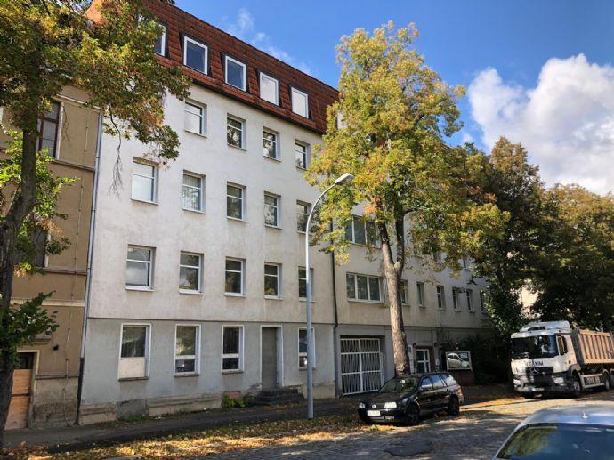 KAPITAL-INVESTITION ! Mehrfamilienhaus in Zeitz Stadt zu verkaufen !