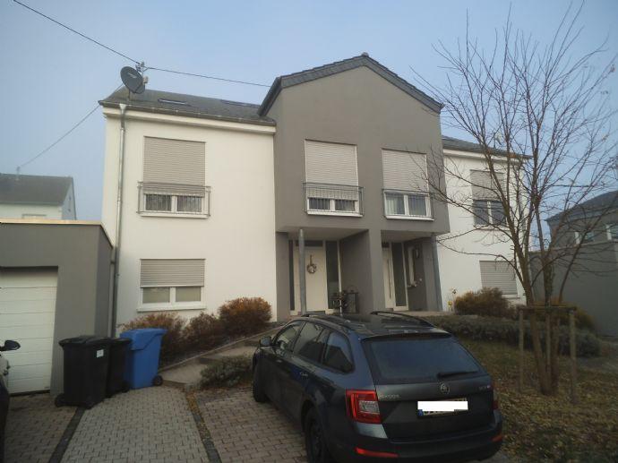5266* Moderne hochwertige DHH in Holsthum* Ideal für die Familie mit Kindern*WFL 190m²*