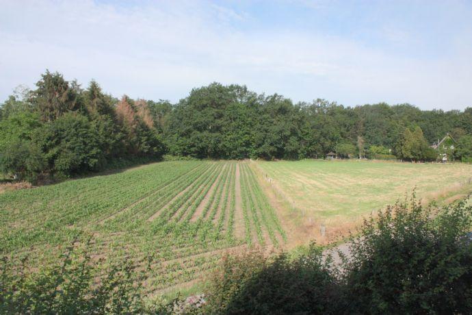 Freier Blick über Felder und Wiesen!Helle 3-Zimmer Wohnung mit 2 Balkonen in Wesel-Blumenkamp