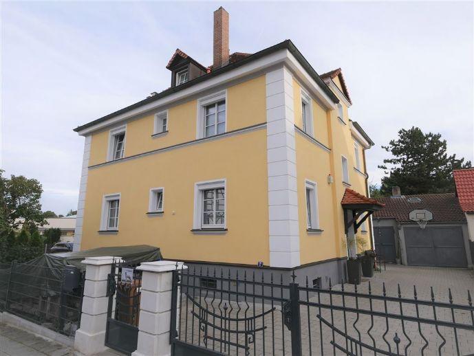 SCHMUCKSTÜCK Renoviertes Haus - 6-Zimmer, 3 Bäder + Studio, ruhige Lage mit großem Garten + Pool
