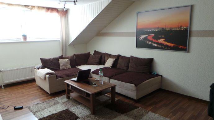 Gemütliche Dachgeschoßwohnung in einem 3- Familienhaus