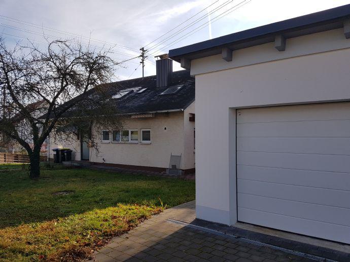 Zwei Generationenhaus zu verkaufen